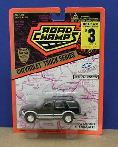 Road Champs 6480 1:43 1990s Gen 2 Chevy S-10 Blazer MOC Black 1995