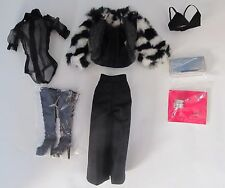 FASHION ROYALTY  LADY STARDUST TULABELLE THE INDUSTRY COMPLETE OUTFIT ONLY