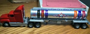 Winross Ford L900 Collector Club 1993 Tractor/Tanker Trailer 1/64