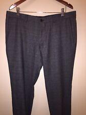 BOSS Men's 38R US / 54 EU (39x31) Gray Tapered Slim Fit Stretch Poly Dress Pants