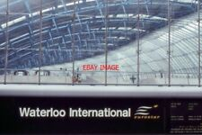 PHOTO  1996 WATERLOO INTERNATIONAL RAILWAY STATION 1996 BEFORE THE HIGH SPEED LI