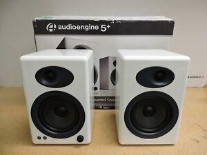 Audioengine A5+ Classic Powered Bookshelf Speakers - Pair (White)