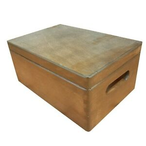 WOODEN BOX/TRUNK IN FOUR TYPES OF FINISHING IN BROWN COLOR
