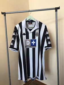 Juventus 1999/2000 Kappa Football Retro Shirt