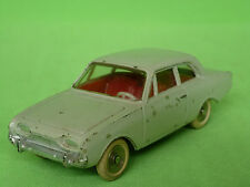 DINKY TOYS  559 FORD TAUNUS      RARE SELTEN IN VERY GOOD CONDITION
