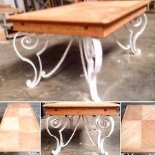 table de salle à manger piétement fer forgé dessus en merisier brut .XX siècle.