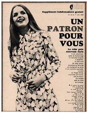 ▬► PATRON Écho de la Mode - Robe polo T40 à 44 - N°22 du 1/06/1969