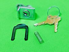 VESPA GLOVE BOX LOCK AND KEYS FITS PE / PX / RALLY / ET3 / SPRINT / SS180 / GTR