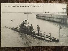 "C. 1910 French B/W Submarine Photo Postcard ""Sous-Marin Le Phoque"""