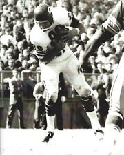 MIKE DITKA 8X10 PHOTO CHICAGO BEARS PICTURE NFL FOOTBALL B/W ACTION