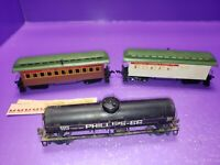 AS IS ASSORTED HO SCALE TRAIN RAILCAR LOT ALL NEED LIGHT RESTORATION SERVICING