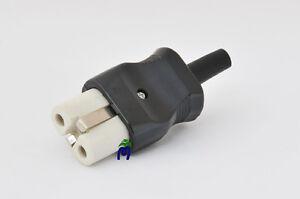 Presa in Porcellana 2P+T. Adatto per fornelli elettrici, stufe e ferri da stiro.