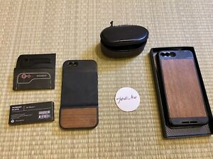 Various moment lens accessories