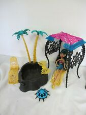 MONSTER HIGH SKELETON POOL CABANA CHAIRS & DOLL
