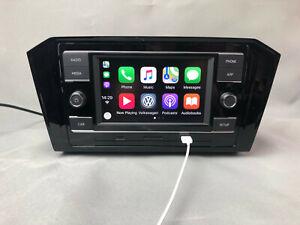 Volkswagen PASSAT B8 CarPlay Navigation System with Plastic Frame