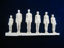 Lost In Space - Freezing Tube Figure Set for Moebius 1/35th Scale Jupiter 2 Kit