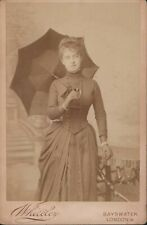 Young Lady with parasol, Cabinet Card -  W.Whiteley, Bayswater  London    D4/662