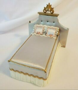 Vintage Ideal Petite Princess Royal Bed Blue #4416-4