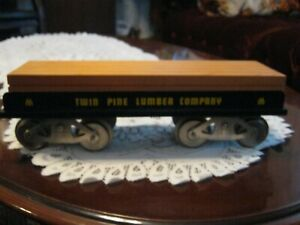 McCoy Standard gauge train Twin Pine Lumber flat 275
