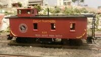 Roundhouse MDC HO Old Time Caboose, Great Northern , Upgraded, Exc.