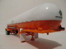 DCP 1/64 SCALE  ANHYDROUS AMMONIA TANK (BOTTLE) WHITE/ORANGE SILVER HOSE TUBES