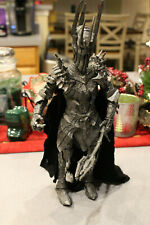 """Lord of the Rings SAURON 11"""" 2002 toybiz complete TALKS AND EYES LITE UP RED"""
