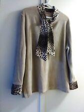 Shirt/sweater, long sleeve, XL, leapao theme trim, XL, Neimau Marcus
