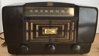 Vintage RCA Victor Model 66X11 Tube Radio FOR PARTS OR REpair Powers On