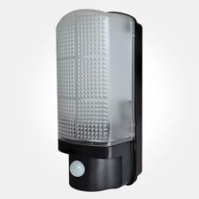 LED 120° Bulkhead with PIR IP44 Black Security Light + FREE POSTAGE - BLEDPIRBK
