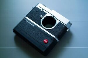 Leica Winder 14227 with Silver Bottom Plate for M2/M3/MD ( Please Read )