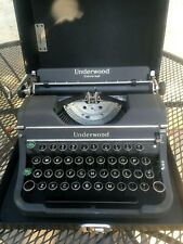 USA made Portable 1948-50 UNDERWOOD Typewriter with Case