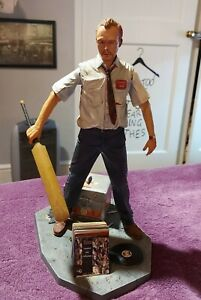 SHAUN OF THE DEAD SIMON PEG FIGURE 32CM 12IN WITH ACCESSORIES NECA REEL TOY 2006