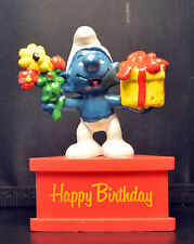 Smurf-A-Gram Smurf On Stand HAPPY BIRTHDAY SCHLEIGH PEYO