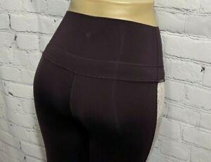 Lululemon Women's 4 Yoga Pants Leggings Purple Floral Crop Capri High Rise
