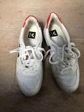 Veja V10 Womens Trainers Size 6/39
