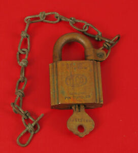 ANTIQUE ILCO US MILITARY SOLID BRASS LOCK PADLOCK W KEY ARMY NAVY AIR FORCE !
