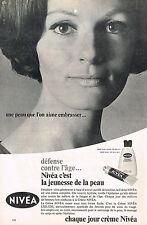PUBLICITE   1967   NIVEA  creme soin du visage