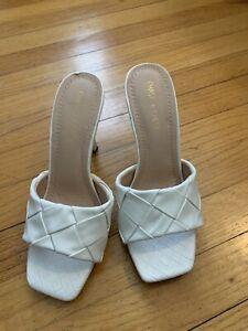 NWOB Chase & Chloe Women White Woven Heels US 7.5