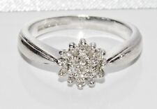 BEAUTIFUL 9 CT WHITE GOLD 0.15ct DIAMOND CLUSTER RING size L