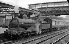 PHOTO  DUMFRIESSHIRE  DUMFRIES RAILWAY STATION THE PILOT IS EX CALEDONIAN 3F 0 6