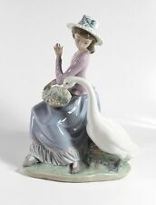 Lladro 5034 - Goose Trying to Eat - 1979  Retired Excellent- Girl w/Goose