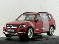 MB Mercedes Benz GLK - red - Maisto 1:18
