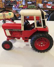 Ertl International Harvestor 1586 Ih 061