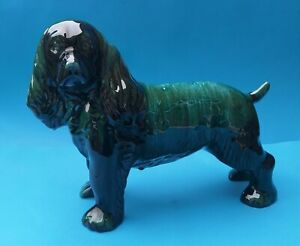 WELL DETAILED BLUE MOUNTAIN CANADIAN POTTERY LARGE SPANIEL DOG FIGURINE