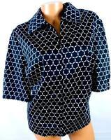Counterparts black white plus size geometric short sleeve full zipper top  18