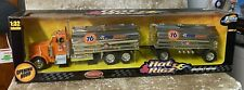 2001 Jada Toys HOT RIGZ 1:32 PETERBILD  379 UNION 76 DOUBLE TANKER 18 wheels