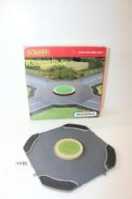 Hornby Skaledale OO 1:76 R8657 Road Roundabout FNQHobbys T494