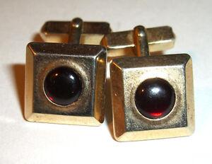Beautiful Swank Men's cufflinks with red stone