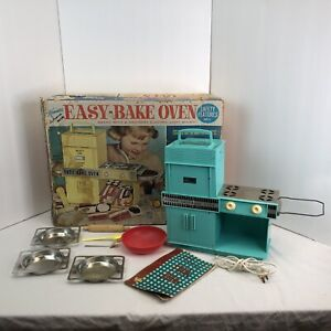 Kenner Easy-Bake Oven Vintage 1964Original Box Used Accessories & Cook Book