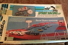 VTg 1969 IDEAL MINI MOTORIFIC SPRINT RACING 225 SET, MUSTANG, CORVETTE SLOT CARS